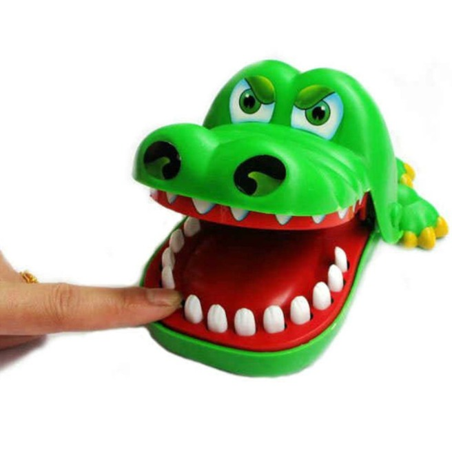 amusing-chidlren-crocodile-mouth-dentist-bite-finger-font-b-game-b-font-funny-toy-tide