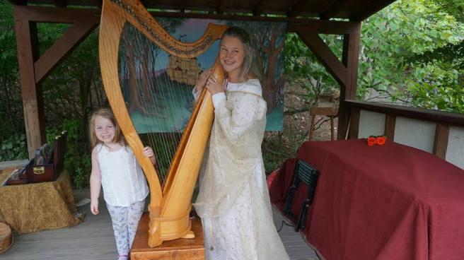 harp pose